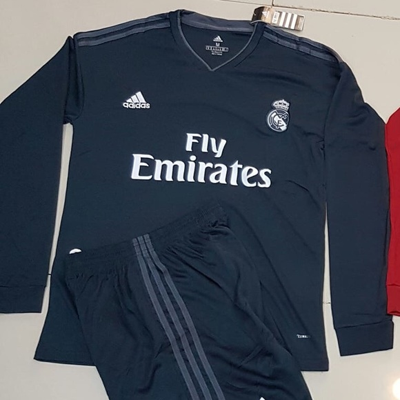 hot sale online 357ab d6d9c Real Madrid RAMOS jersey NWT
